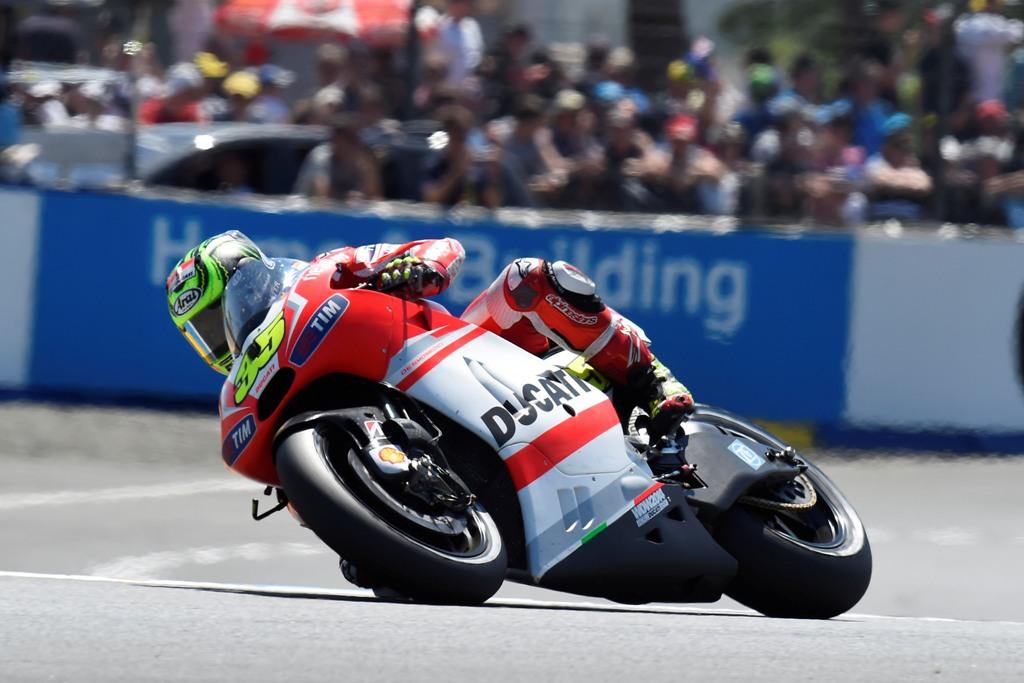 ;oto GP: Ducati: tre giri in testa per Dovizioso, poi 8° ed un 11° posto per Crutchlow