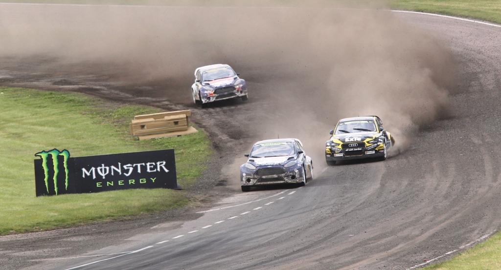 Andreas Bakkerud vince la gara di Lydden del FIA Rallycross