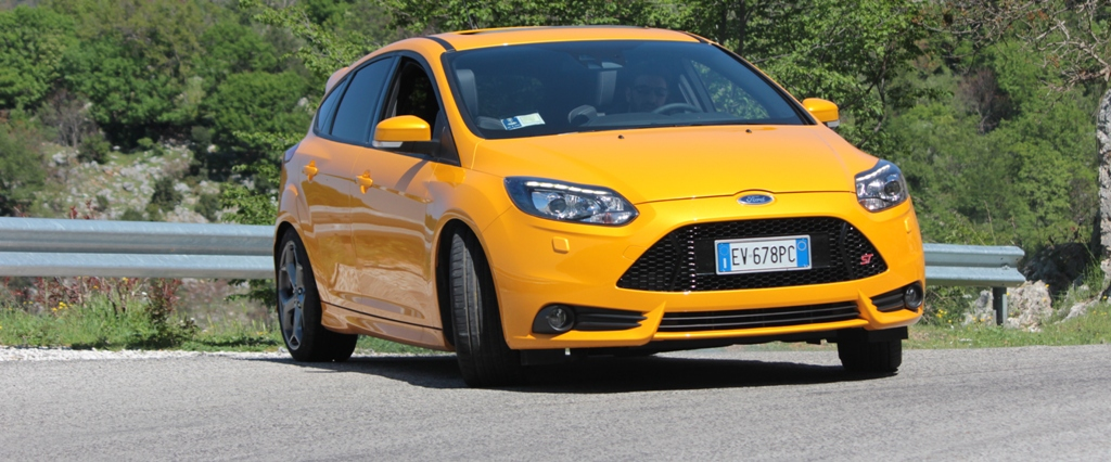 FORD FOCUS ST PERFORMANCE PACK