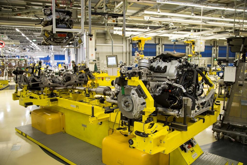 Fase di lavorazione Porsche