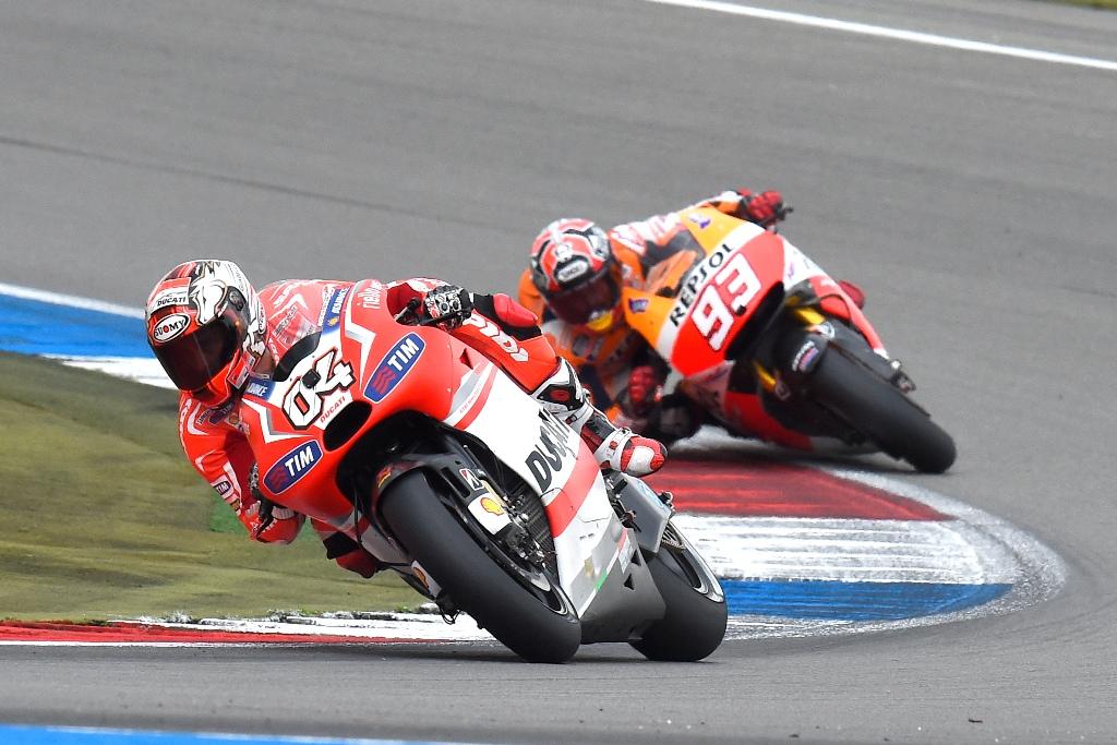 Lotta aperta di Andrea Dovizioso con Marquez