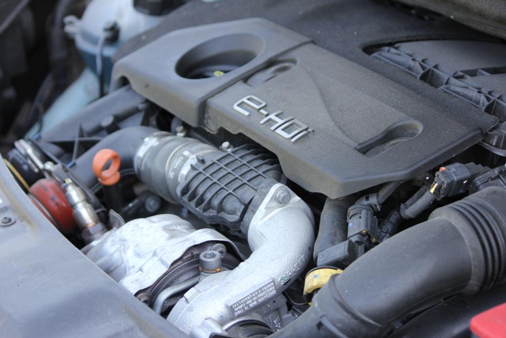 Il quattro cilindri Peugeot da 1.6 cc e 115 Cv