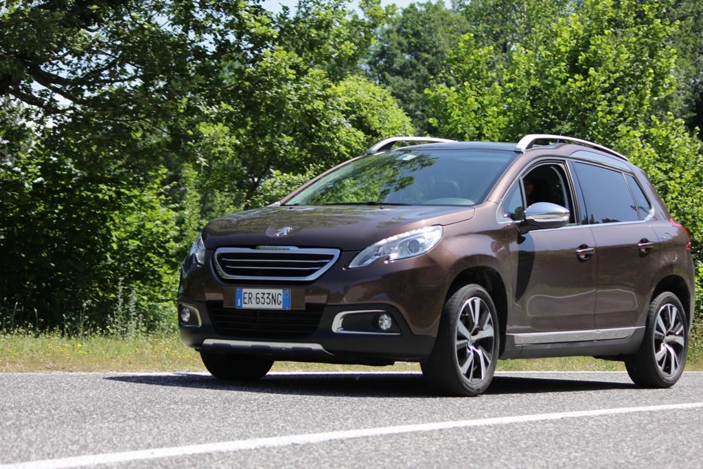 2008 Peugeot è sempre un Crossover divertente e multiuso