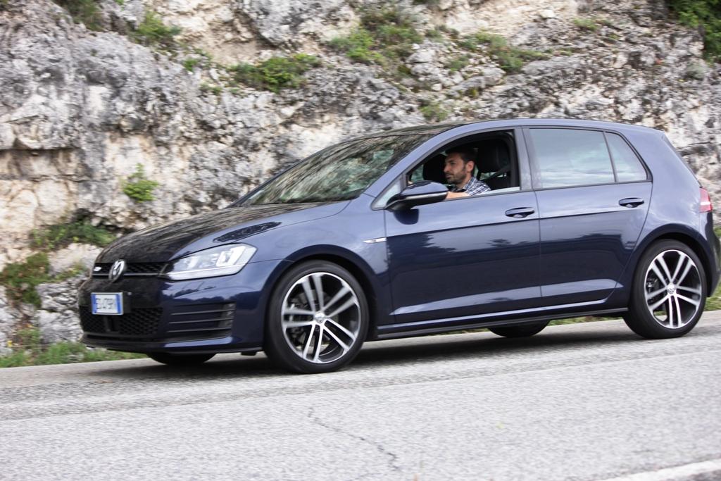 Nuova Golf GTD, agile e dinamica su strada