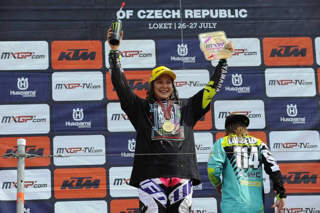 Kiara Fontanesi sul podio di Loket