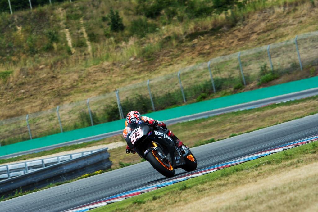 Marc Marquez  ieri ha provato la nuova moto 2015
