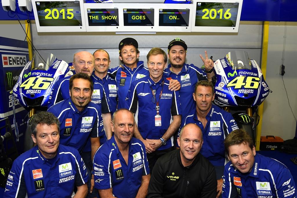 Valentino Rossi ed il suo team Yamaha