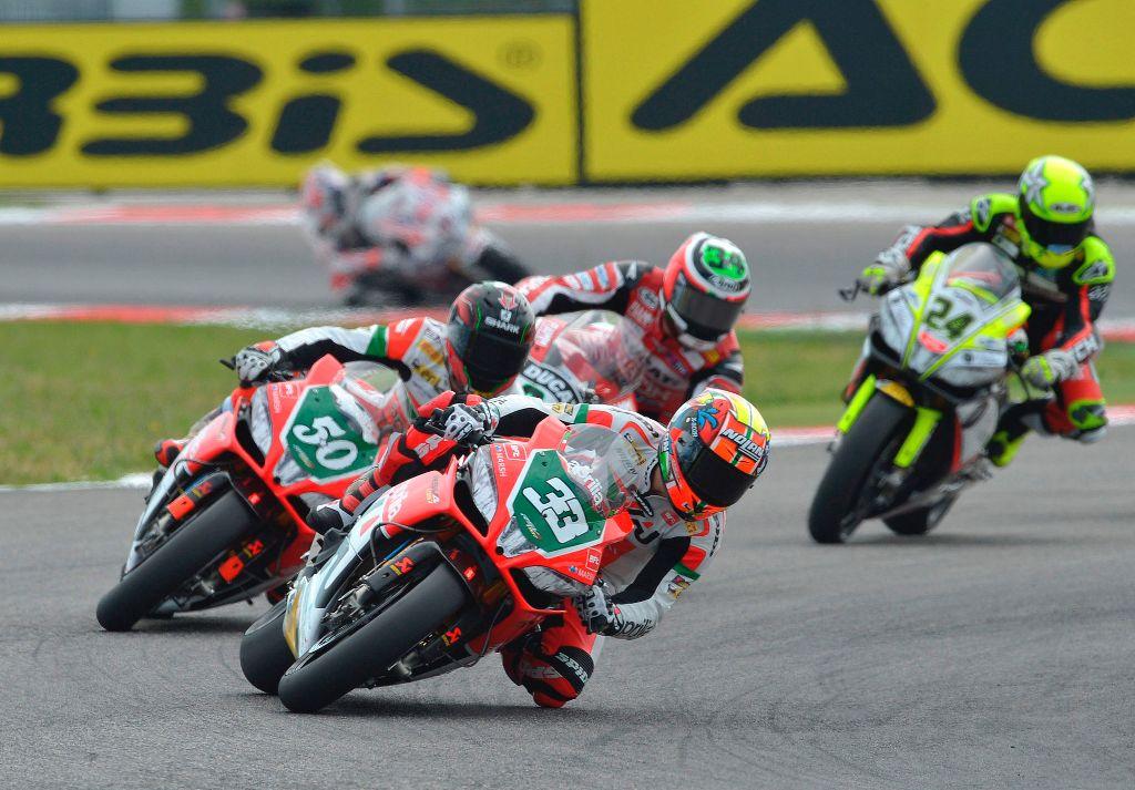 Aprilia Racing nella gara di Misano con Melandri e Guintoli
