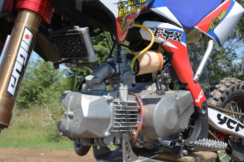 Il motore Daytona 190 cc nasce espressamente per le pitbike