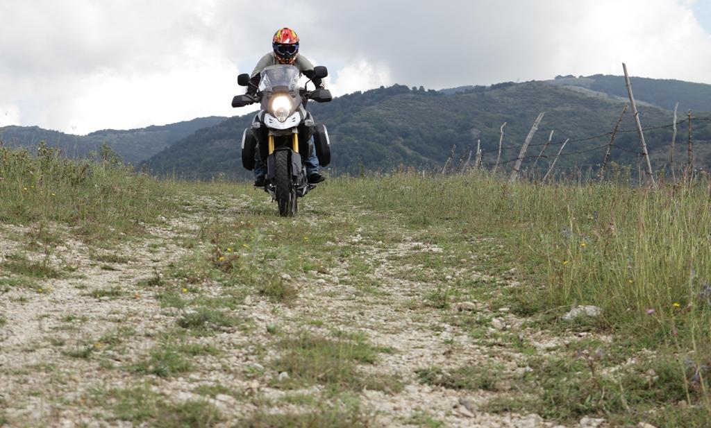Decisamente più offroad questo nuovo progetto V-Strom 1000 ABS Suzuki