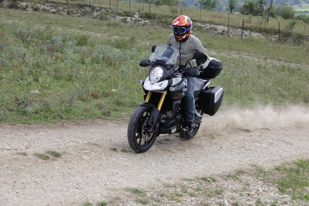 La V-Strom 1000 ABS ha il controllo di trazione, una novità per la guida