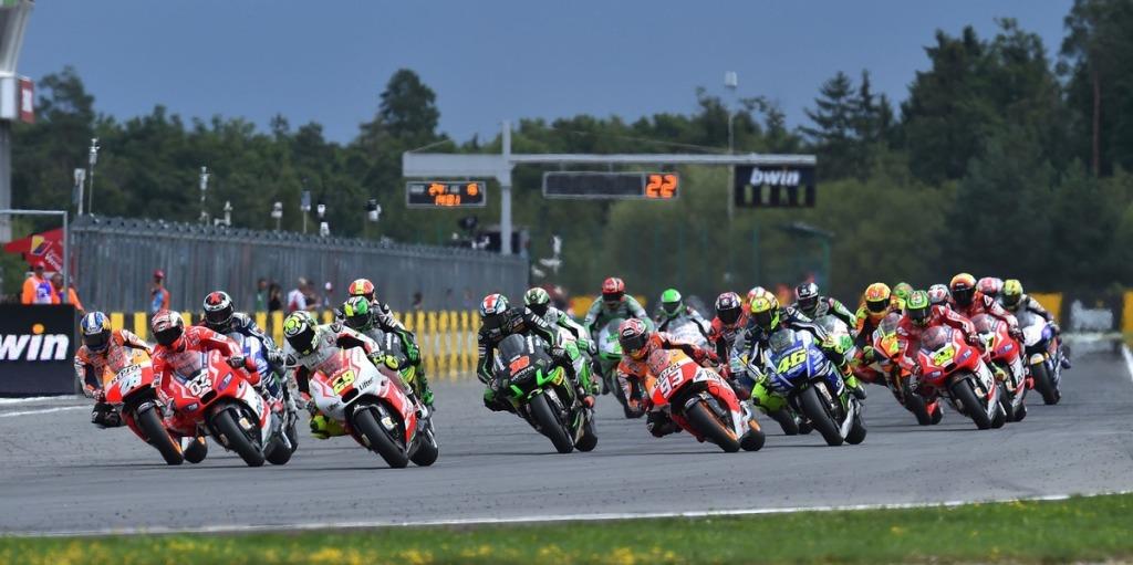 La partenza del GP della Repubblica Ceca 2014