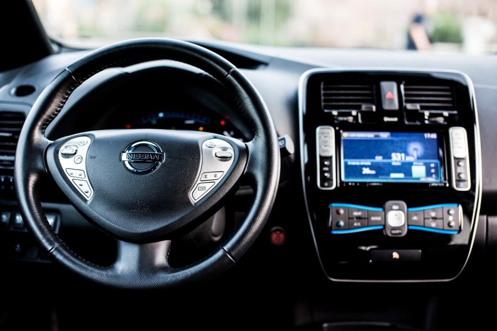 Nissan Leaf, gli interni vettura, vettura di grandissimo successo nel mondo