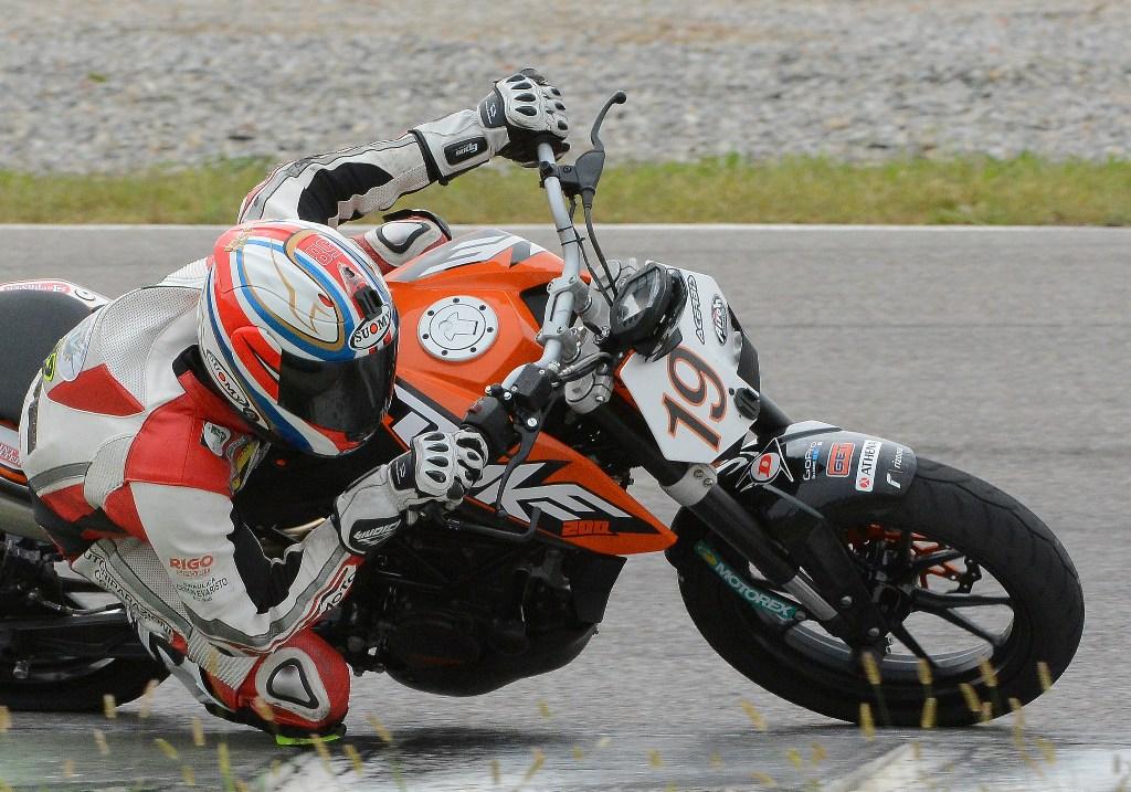 Duke 200 Trophy: Alessandro Costantino avversario più diretto di Arioni