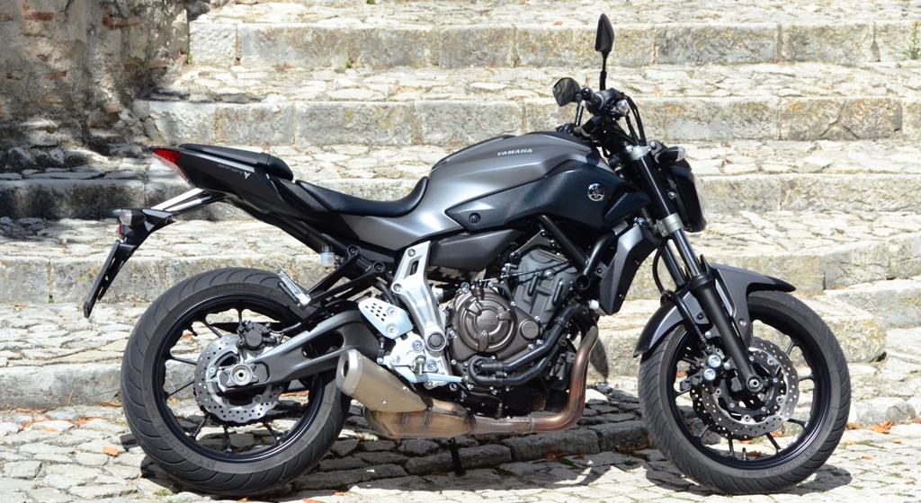 Yamaha MT-07, compatta grazie al bicilindrico frontemarcia ottovalvole