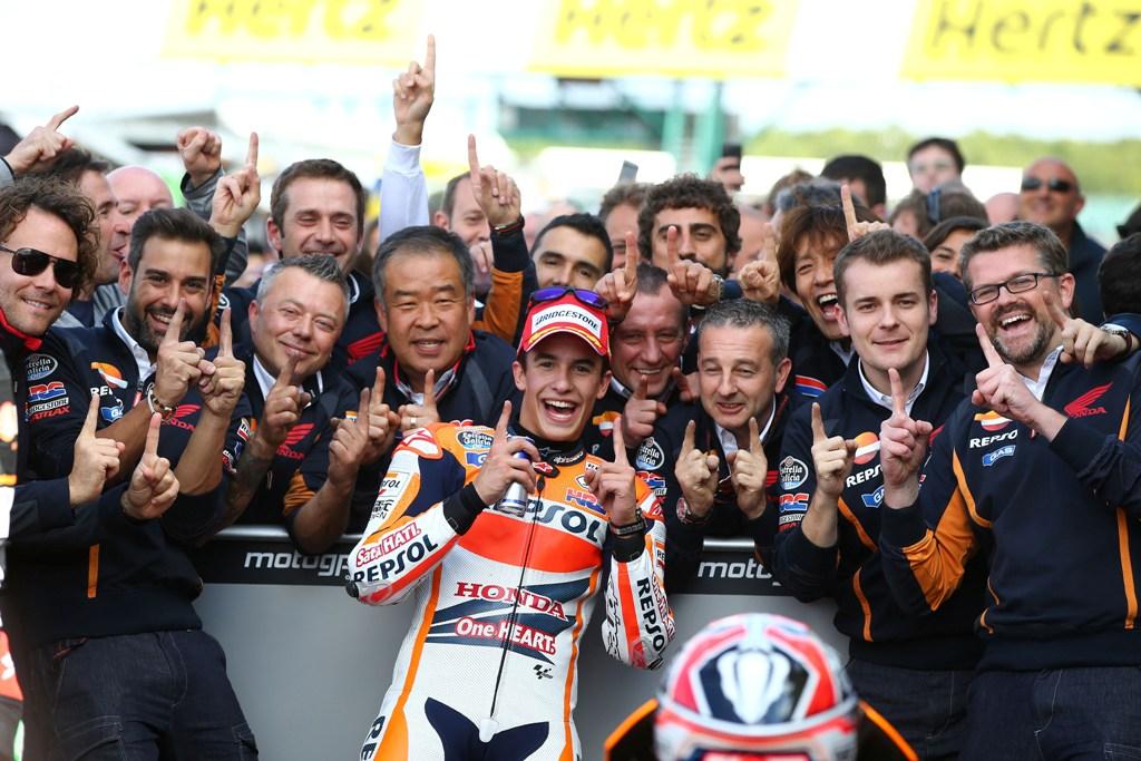 MotoGP Silverstone: vittoria numeri 11 per lui
