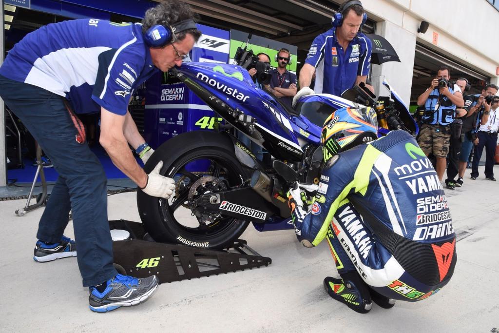MotoGP Aragon 2014: Valentino Rossi e la sua M1, si rifarà in Giappone