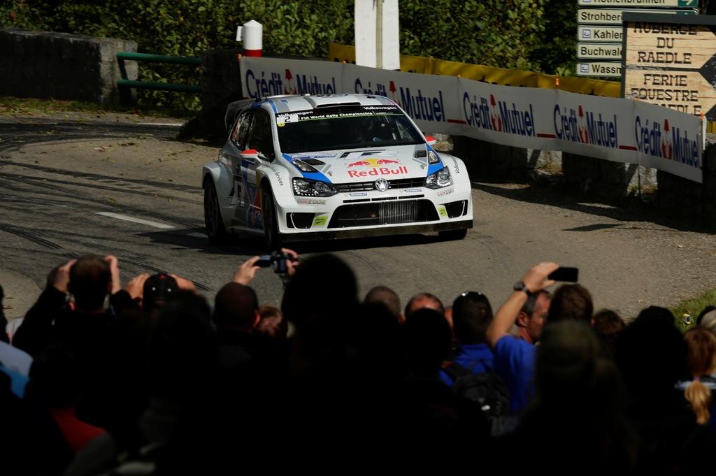WRC 2014, Francia: sempre tanto pubblico accompagna il rally francese