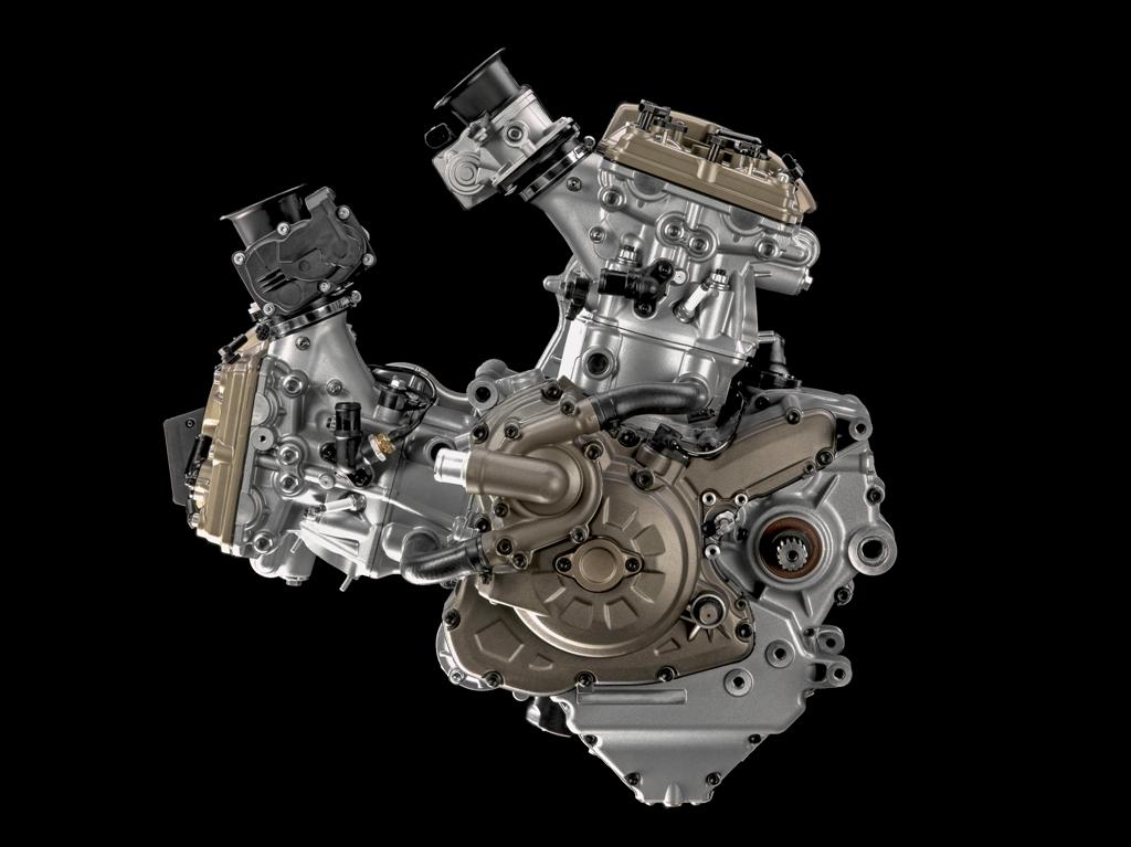 Ducati Testastretta DVT lato accensione
