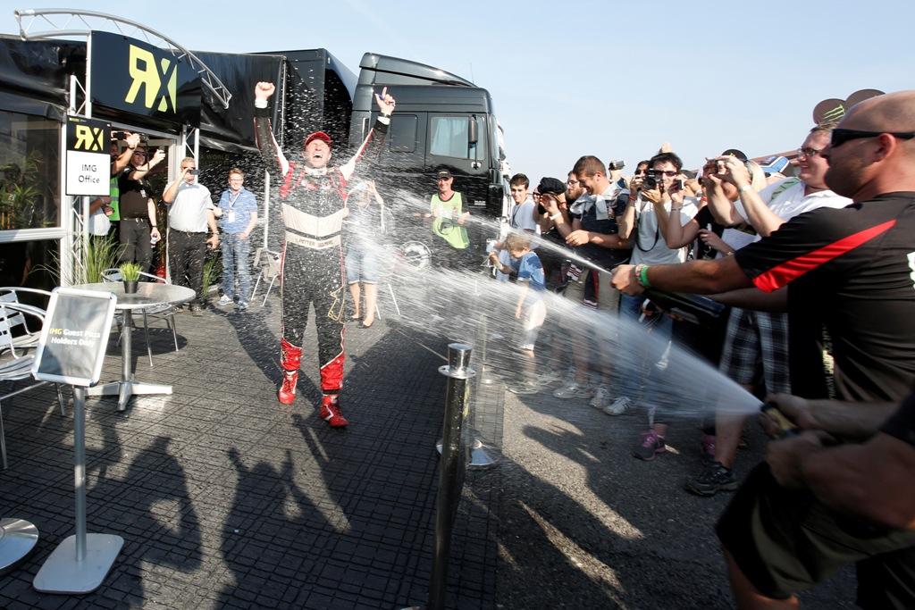 Solberg festeggia il titolo nel Mondiale FIA Rallycross