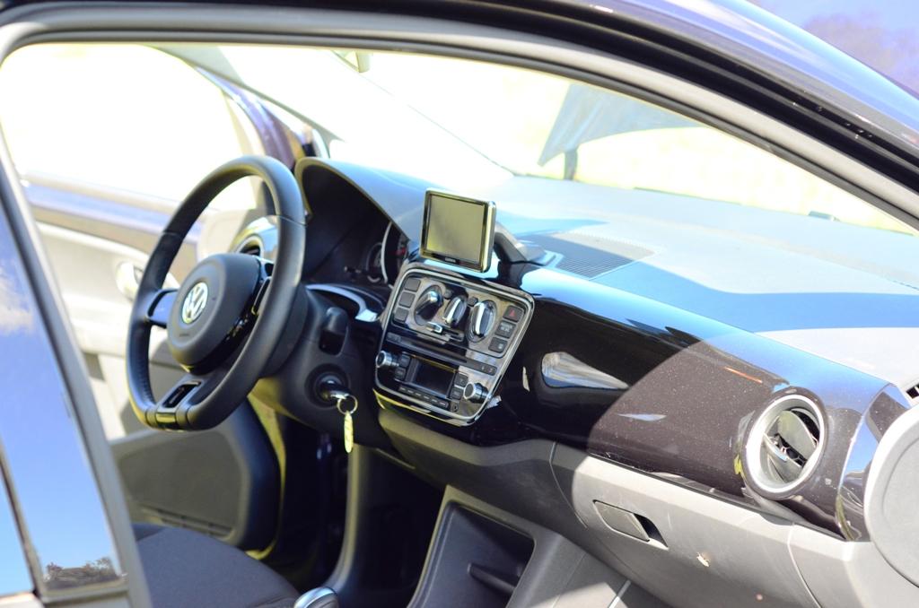 VW Up! tanto spazio a bordo per tutti e altezze correte per gli occupanti
