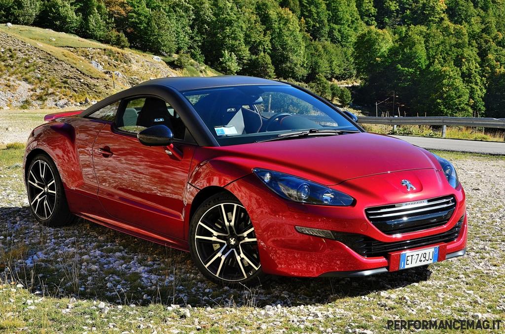 RCZ-R Peugeot: un design aggressivo e tante migliorie per la sportiva francese