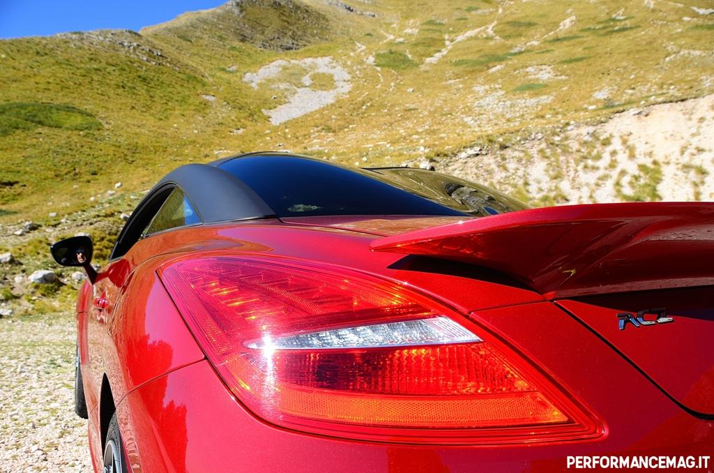 RCZ-R Peugeot, design filante ed un attento studio aerodinamico sulla R