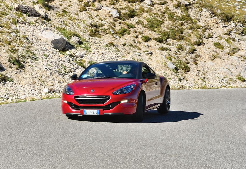 RCZ-R Peugeot, ottimo funzionamento del differenziale Torsen in accelerazione