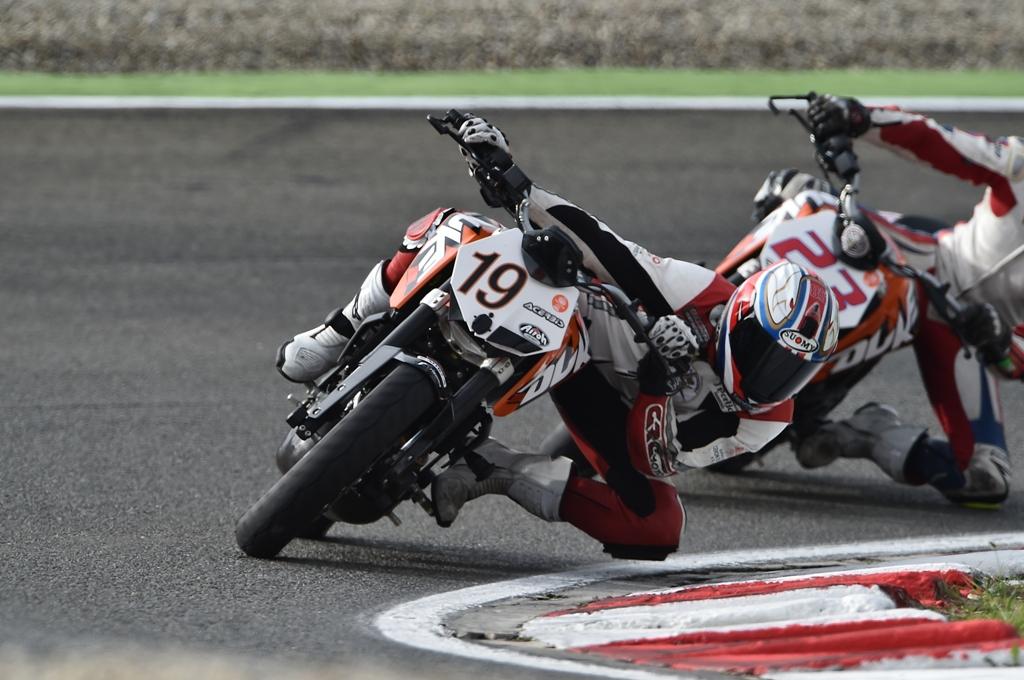 KTM 2014, Duke 200 Trohy: Alessandro Costantino, 2° a fine Campionato