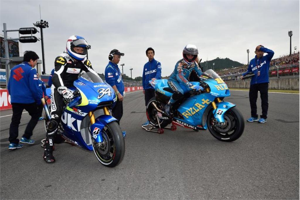 MotoGP 2014 Suzuki: Motegi Launch--Schwantz e Uncini in pista
