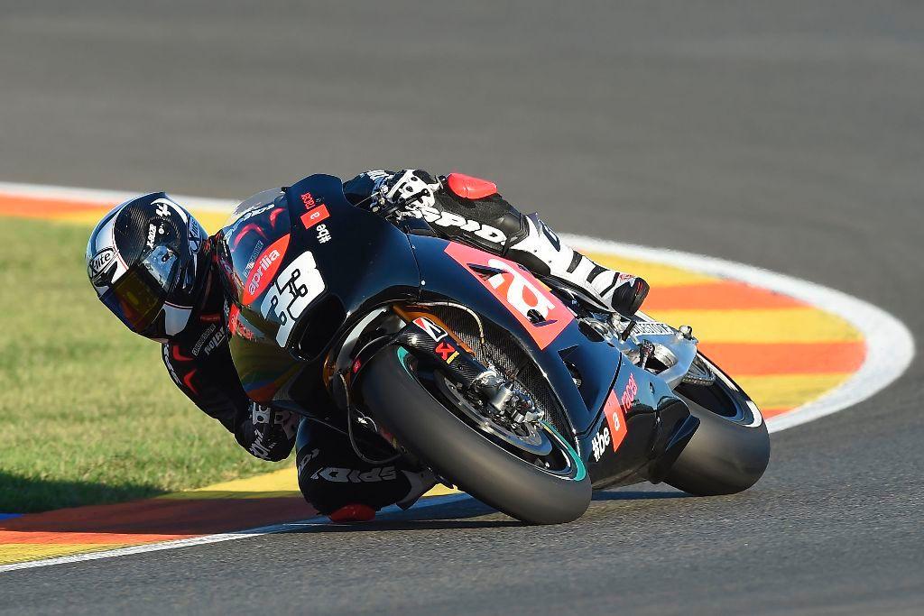 MotoGP test Valencia. Melandri in sella alla nuova Aprilia MotoGP