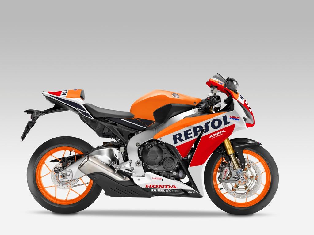 La nuova CBR1000RR SP con grafica Replica della Honda Campione del Mondo
