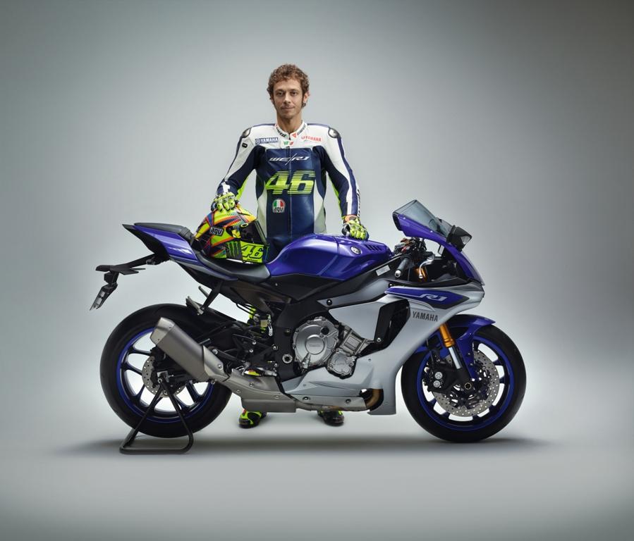 Valentino Rossi e la nuova Yamaha R1 ed R1-M