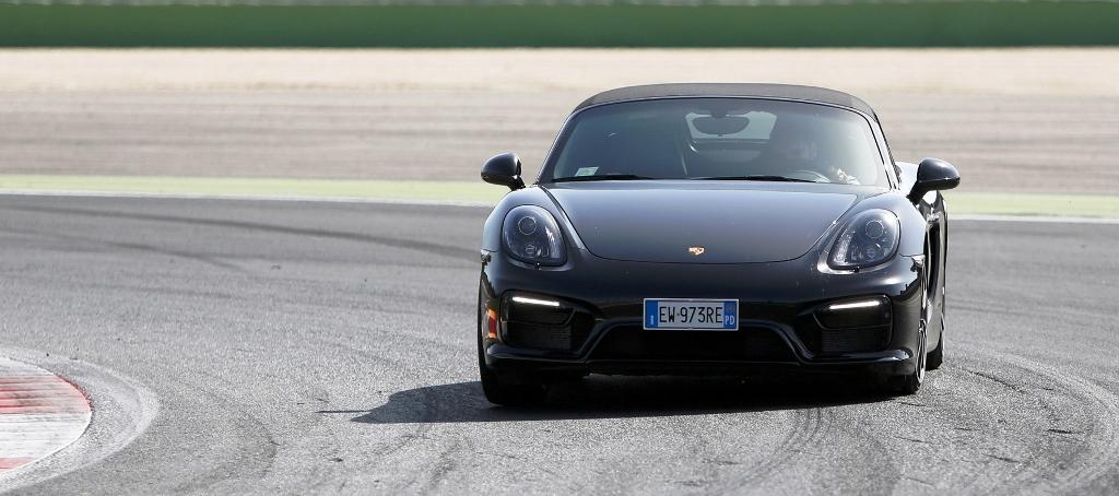 Porsche Boxter GTS, grande efficacia del sistema PTV in curva