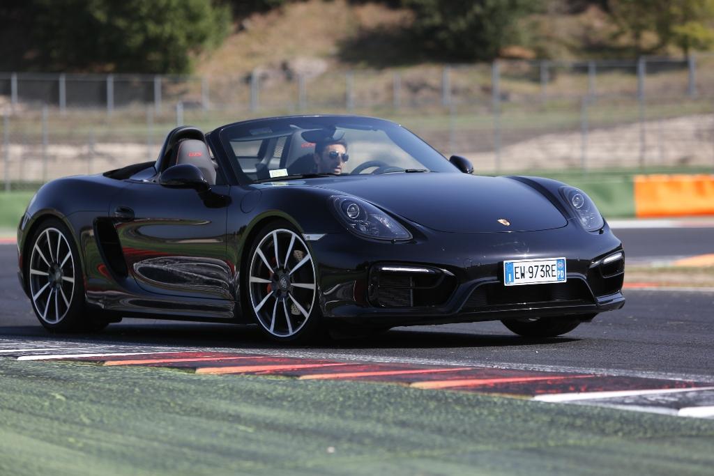 Porsche Boxter GTS, massimo controllo grazie al telaio PASM