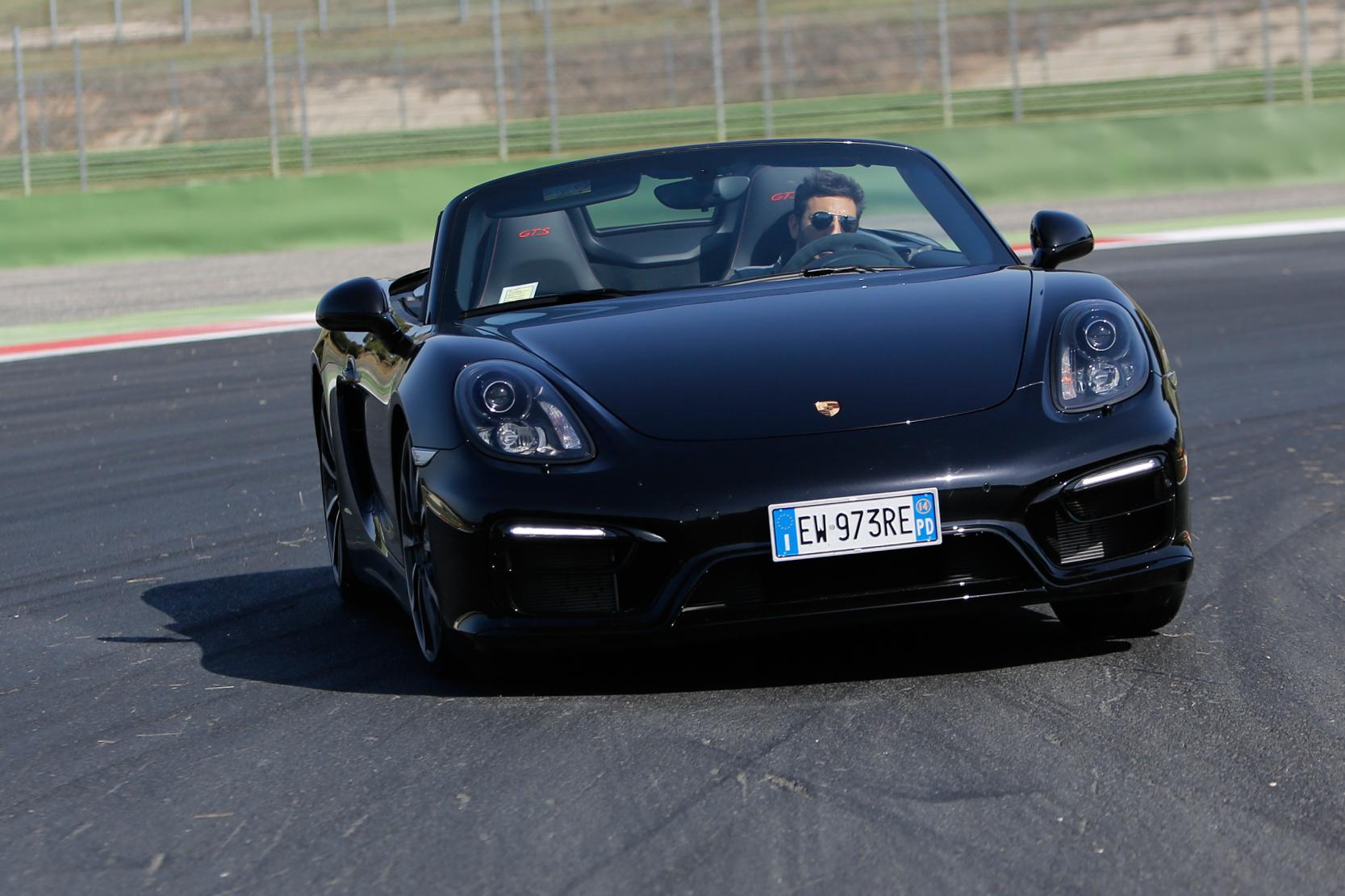 Boxter GTS by Porsche: pochi trasferienti di carico e rollio anche in pista