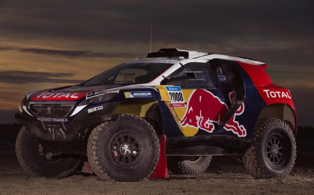 """La Peugeot 2008 DKR in assetto """"da guerra"""", tutto pronto per la Dakar"""