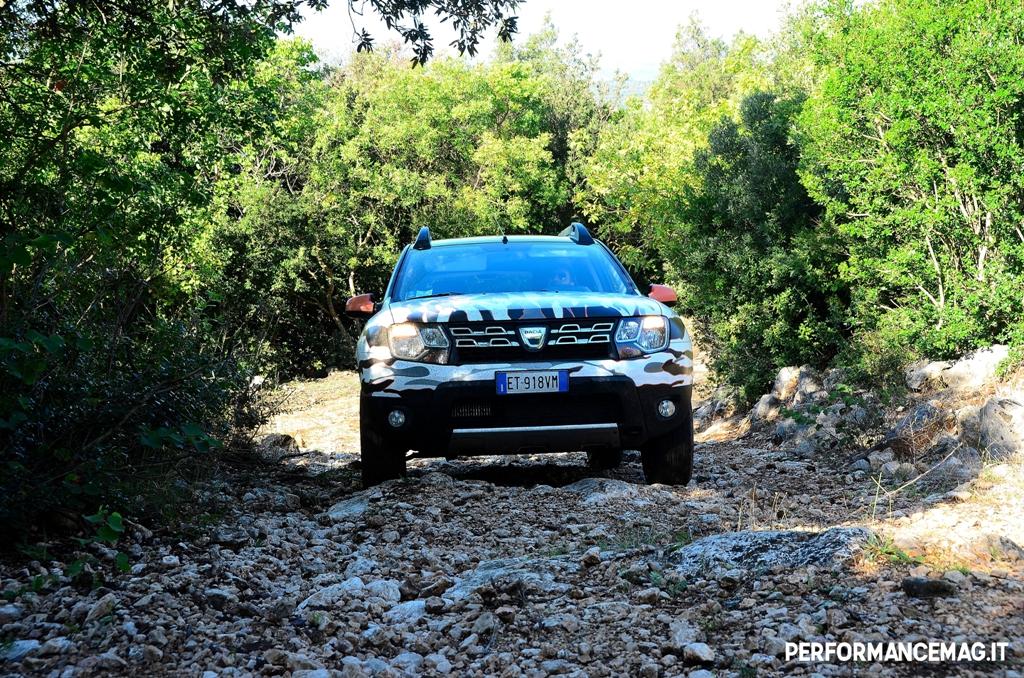 Dacia Duster 2014, motore progressivo anche a bassa andatura offroad