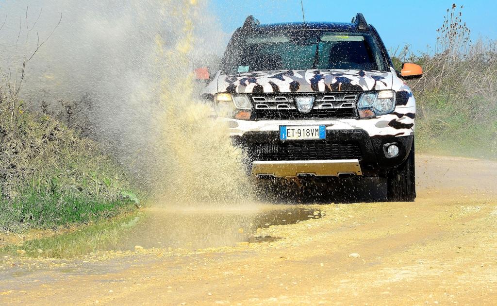 Dacia Duster Brave 2014, SUV compatto offroad 4X4