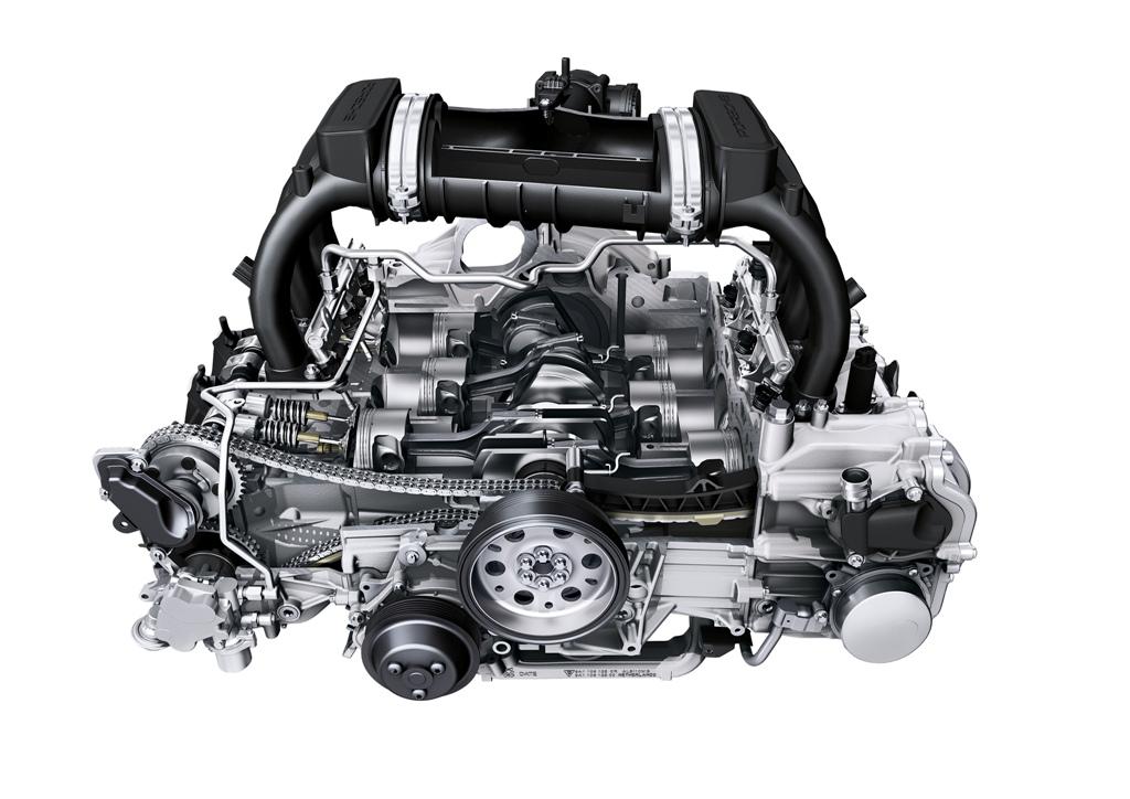 Il sei cilindri Porsche VarioCam Plus, eroga 330 Cv
