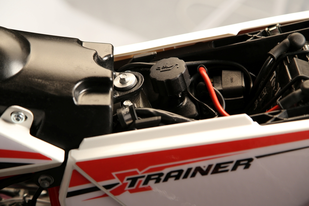 Xtrainer Beta, il serbatoio dell'olio del miscelatore, niente più miscela improvvisata...