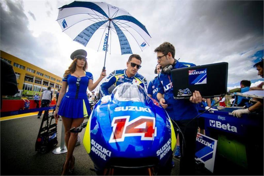MotoGP 2014, Valencia, Randy De Puniet, esordio con ritiro per Suzuki