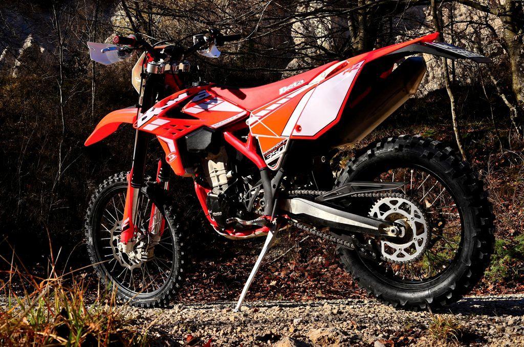 Beta RR 350 2015, tante novità dal motore alla ciclistica