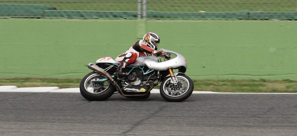 """BOT 2V Vallelunga, Arioni  Senior in gara nella """"esse"""""""