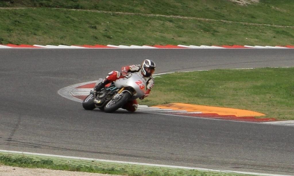 Vallelunga BOT 2V: Francesco Arioni in gara a 60 anni...