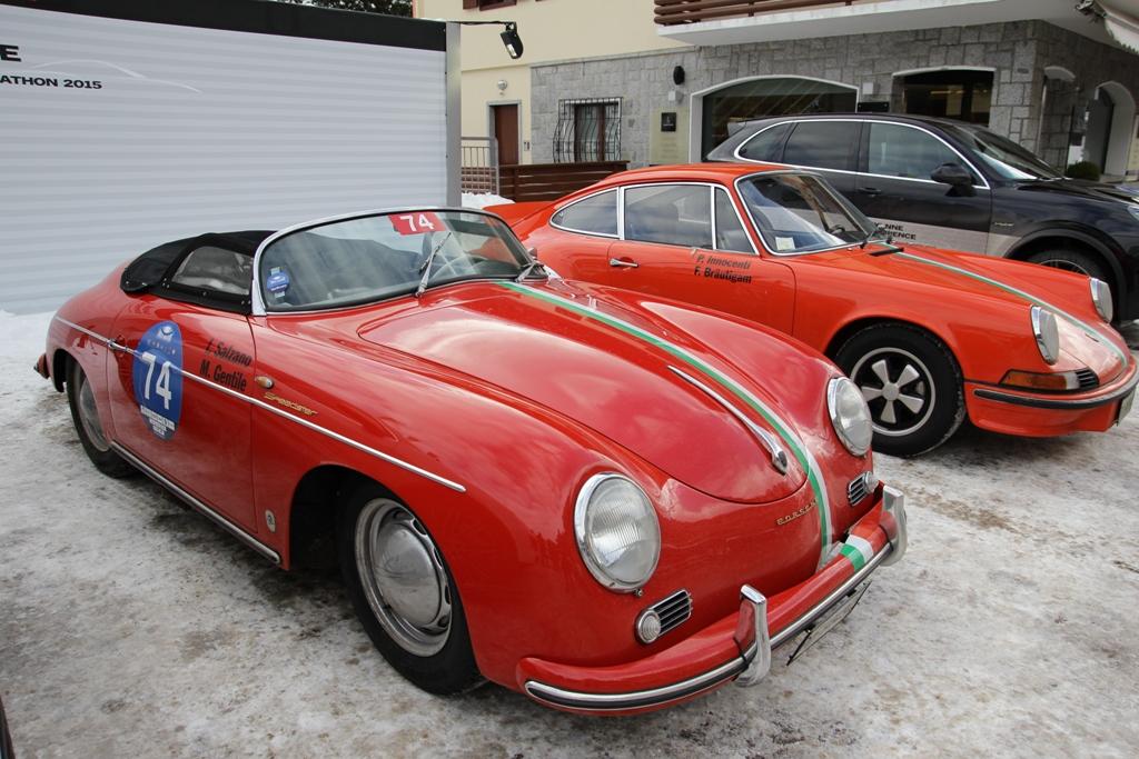 Le due vetture iscritte di Porsche Italia, primo piano per la 356 Speedster del 1956