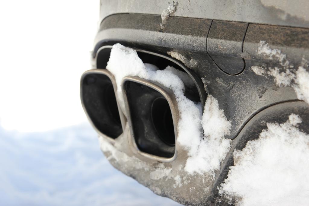 La sonorità del V8 da 520 Cv è accentuata dai nuovi scarichi doppi della Cayenne