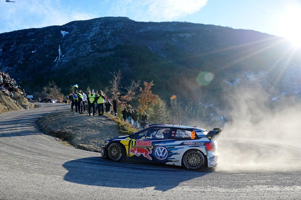 Rally di Monte Carlo 2015, un passaggio di Mikkelsen-Floene