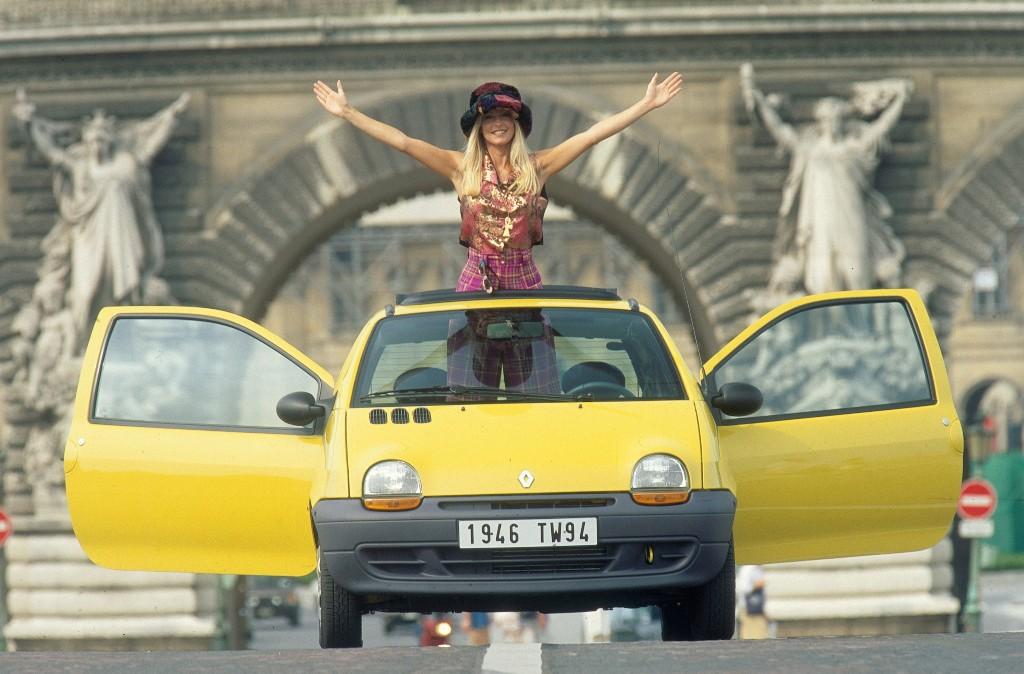 La vecchia Twingo, la Nuova Twingo, 20 anni di storia per un'auto ora completa