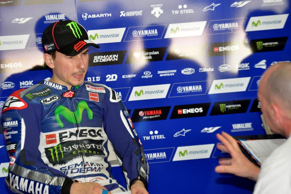 MotoGP 2015, Jorge Lorenzo chiude Sepang2 con il 2° tempo